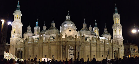 Photo: El Pilar en la Ofrenda de Flores a la Virgen del Pilar de Zaragoza, 12 Octubre 2012  (Fotografía enviada por Anna Bonich Hernando)