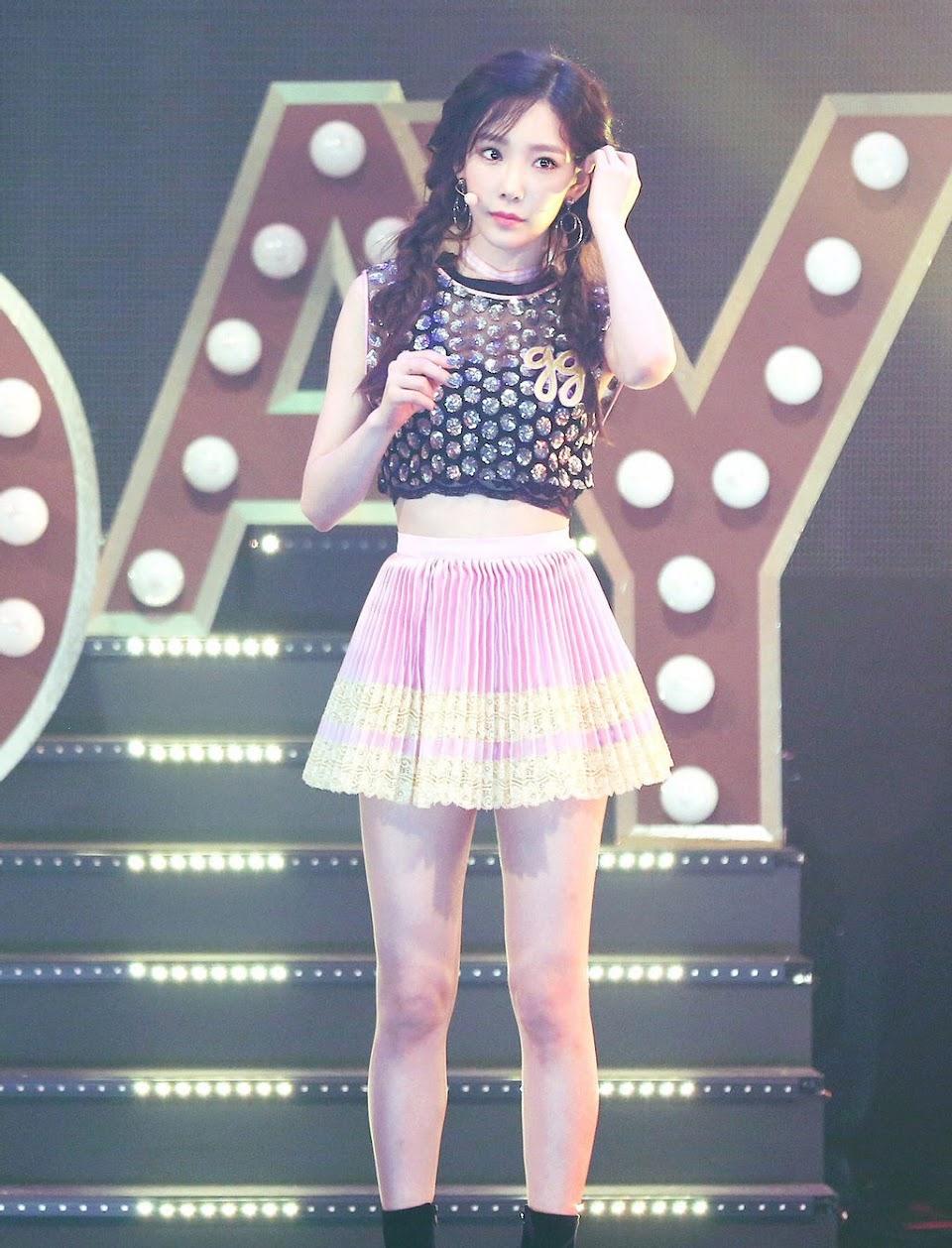 taeyeon_holiday_by_nanas99_dc1bo23-fullview