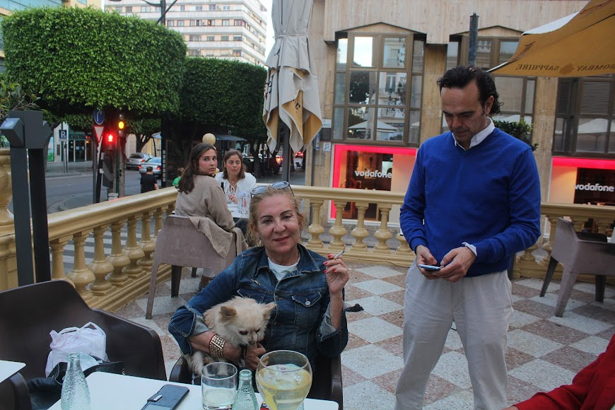 Burana, en el Paseo de Almería.