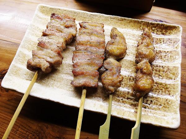 鳥重地雞燒バーベキュー 台中 西區 把雞料理做到一個極致.串燒居酒屋許多特色清酒.超大包廂聚餐慶祝