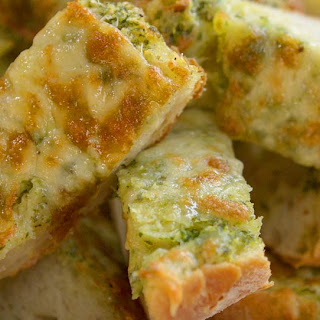 Italian Style Garlic Bread With Cheese