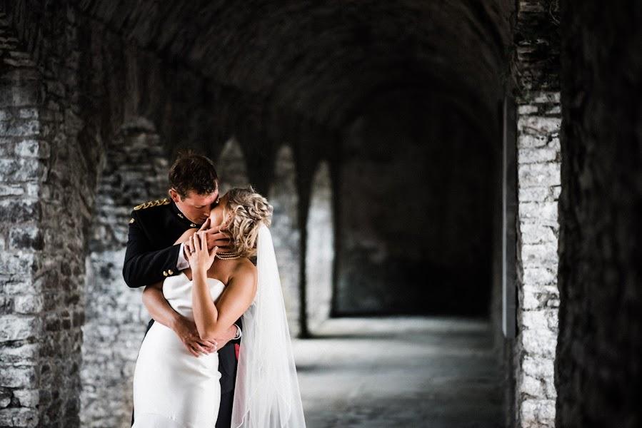 Wedding photographer Dominic Lemoine (dominiclemoine). Photo of 02.12.2019