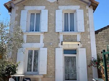 villa à Coulonges (16)