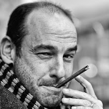 Photo: cigarillos... The coffee date guy from +Thomas Leuthard in a other role as cigarillos men.