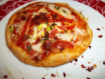 ~ Ez Pizza Biscuits ~ Recipe