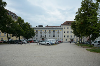 Photo: Na Domplatz stoją dwa Pałace Biskupie , Stary (z XV- XVII w.) i Nowy (z XVIII w.).