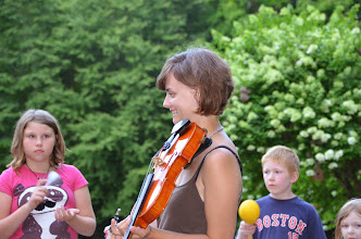 Photo: Performer and audience at Townshend State Park by Linda Carlsen-Sperry