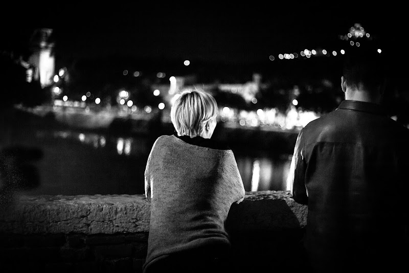 Thinking under the Moon di albertoferiotti