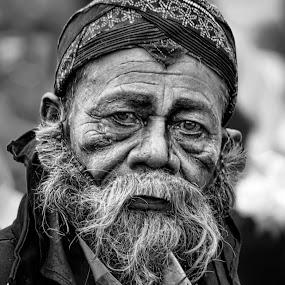 by Undi Palapa - Black & White Portraits & People