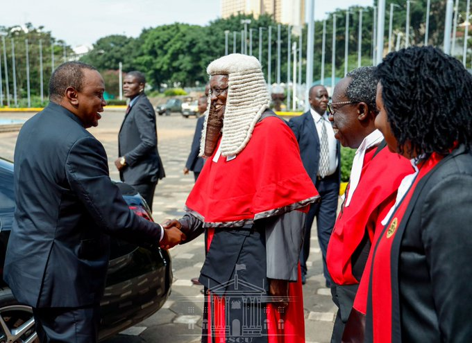 President Uhuru Kenyatta and Chief Justice David Maraga during the release of the State of the Judiciary and Administrative of Justice Report on January 23, 2020.