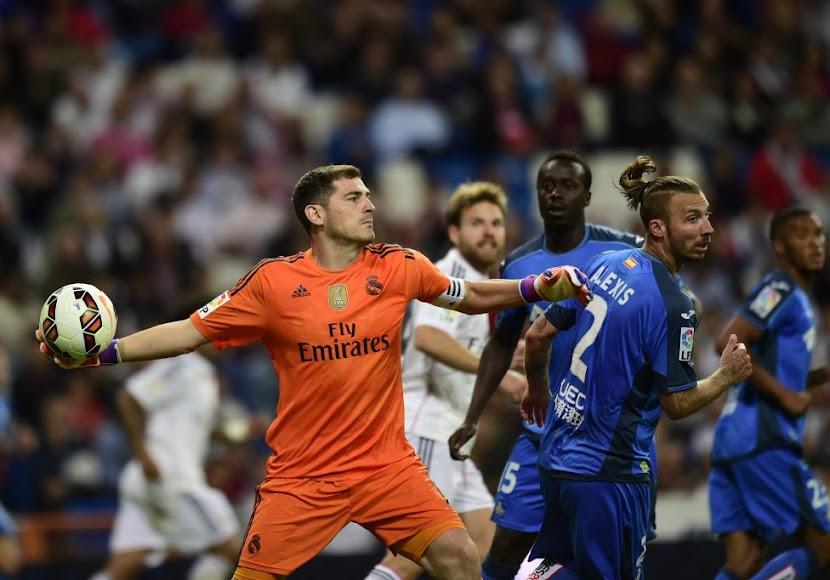 Iker Casillas hizo las maletas y se fue al Oporto.