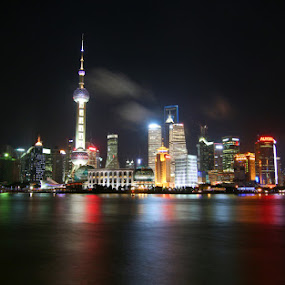 Shanghai Tan by Roly Raseda - Novices Only Landscapes (  )