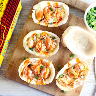 Slow Cooker Buffalo Chicken Mini Taco Boats