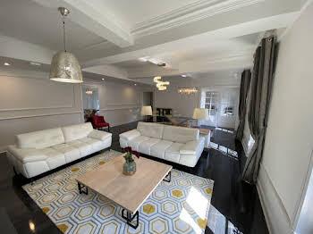 Appartement 3 pièces 119 m2