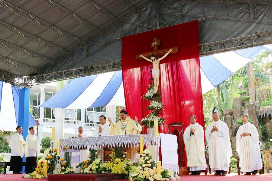 Lễ Tấn Phong chức Phó tế tại nhà thờ Chính Tòa Ban Mê Thuột - Ảnh minh hoạ 9