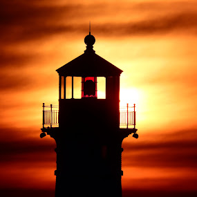 Red Hot by Alison Gimpel - Buildings & Architecture Other Exteriors ( sunrises, lighthouses, lake superior, sunrise, sihloutte,  )