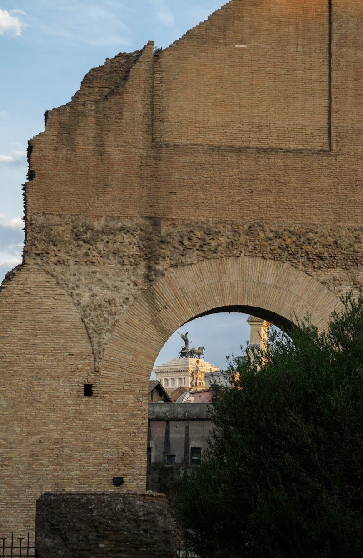 Roma e i suoi angoli segreti di irina sirbu