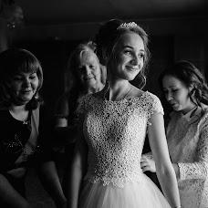 Wedding photographer Roman Gorelov (hellsmile). Photo of 15.01.2018