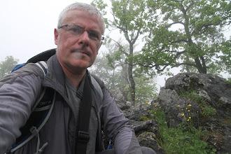Photo: Prvý vrchol na trase - Rapavá skala. Výhľad žiadny