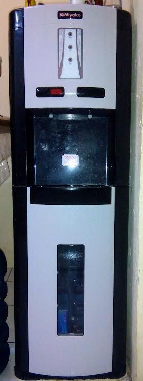 Dispenser galon bawah Miyako WDP-300