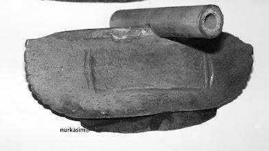 "Photo: ""Rakkapeng"" atau Anai-anai, alat pemotong tangkai padi. http://nurkasim49.blogspot.co.id"