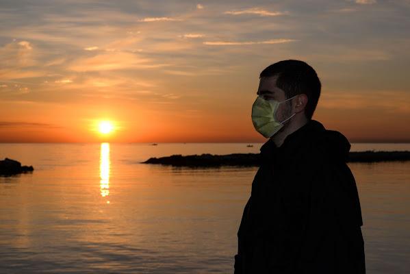 social distancing mask for covid-19 di Diana Cimino Cocco