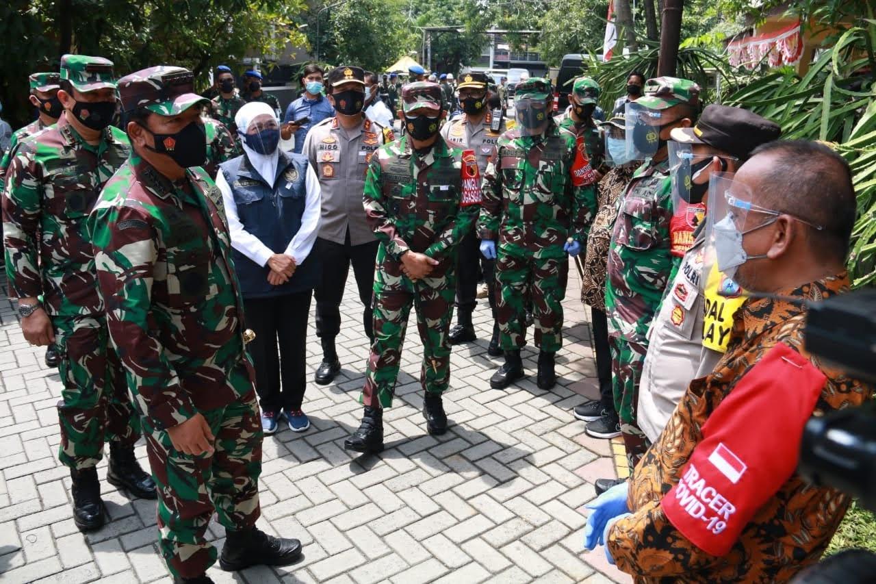 Panglima TNI Intruksikan Bombardir RT Yang Masuk Zona Merah Dengan Prokes Ketat