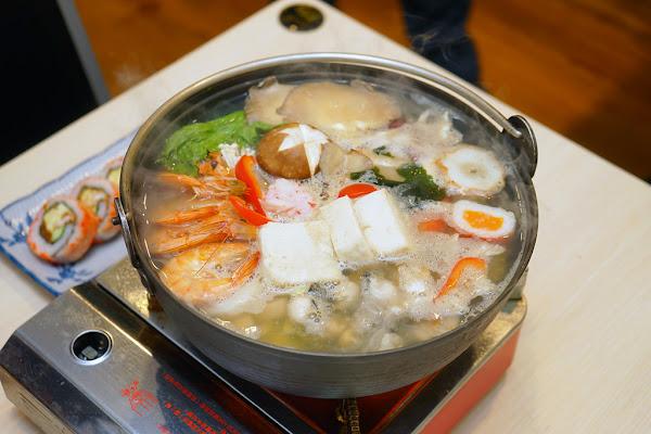 井澤屋日式家庭料理|台南日本料理| 赤崁樓美食|冬季限定 全魚火鍋!海鮮放滿鍋,超霸氣、超新鮮!