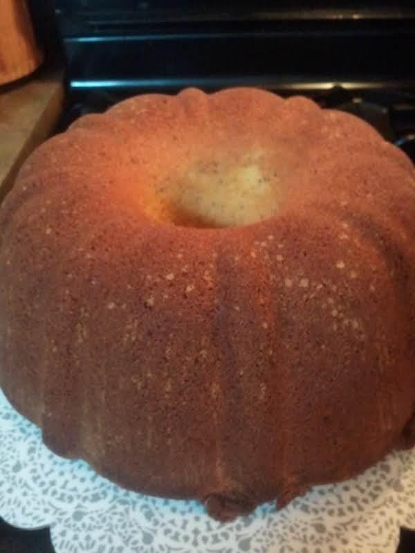 Very Moist Sour Cream Pound Cake