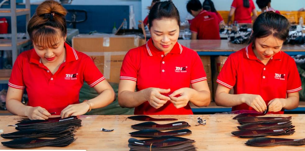 Giới thiệu xưởng sản xuất giày da cho bạn sử dụng