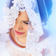 Wedding photographer Vladimir Uzryutov (SenseStudio). Photo of 26.10.2015