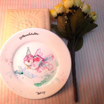 原創手繪碟子-粉彩金魚