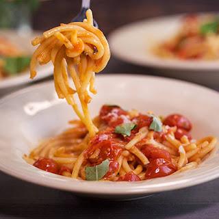 Fat Spaghetti with Garlicky Tomato Sauce