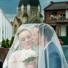 Wedding photographer Oksana Mikhalishin (oksaMuhalushun). Photo of 01.03.2017