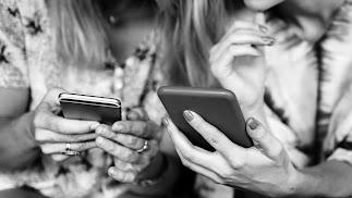 Además de las páginas especializadas en bodas, son muchos los grupos de Facebook, incluso de Whatsapp, que reúnen a decenas y decenas de novias que c
