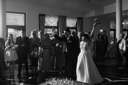 Wedding photographer Michał Dolibóg (shotsoflove). Photo of 03.12.2019