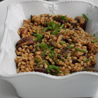 Toasted Barley with Mushrooms & Shallots
