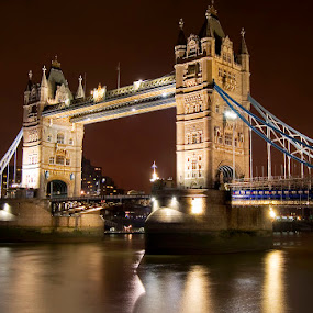 London by Night by Grzegorz Gluchy - Buildings & Architecture Bridges & Suspended Structures ( tower, londyn, night, bridge )