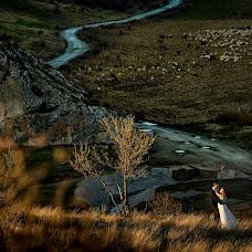 Wedding photographer Adrian Fluture (AdrianFluture). Photo of 22.11.2017