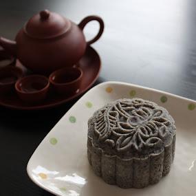 Black Sesame Unbaked Snow Skin Mooncake by ChenLin Kng - Food & Drink Cooking & Baking ( unbaked, food, mid-autumn festival, mooncake, sesame, tea )