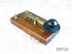 """Photo: leichte Taste auf Holzbasis  keine Bez.  """"G""""  #109"""