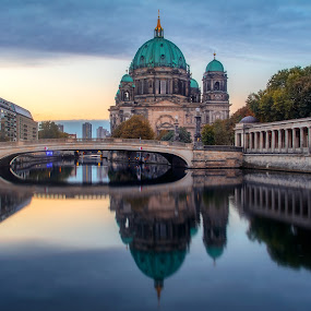 Berliner Dom Rising by Jimmy Kohar - Buildings & Architecture Bridges & Suspended Structures