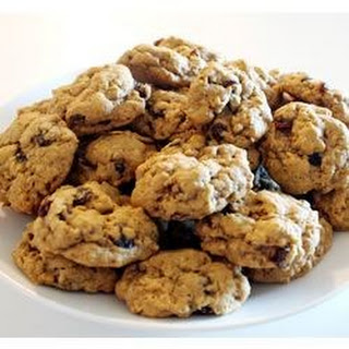 WWII Oatmeal Molasses Cookies.