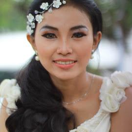 citra by Alnia Furwani Maulina - Wedding Bride ( best female portraiture )