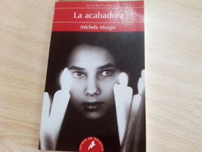 Photo: Comentamos La acabadora de Michela Murgia