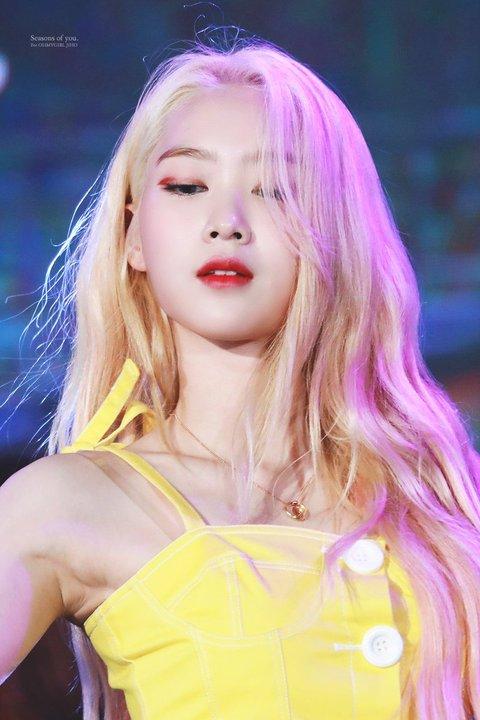 jiho blonde 2