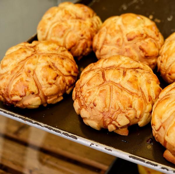 麥司特現烤麵包Dcard學生社群激推冠軍第一名菠蘿麵包,IG上連香港人都說比香港出色!台中火車站美食!
