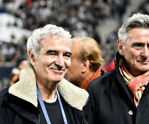 """Raymond Domenech fait des blagues : """"J'aurais voulu signer Maradona mais il est mort"""""""