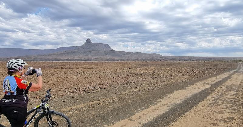 A remote Tankwa road
