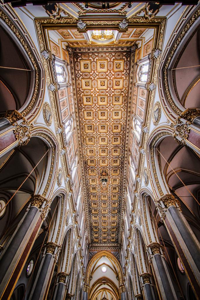 In the church di Simona Ranieri